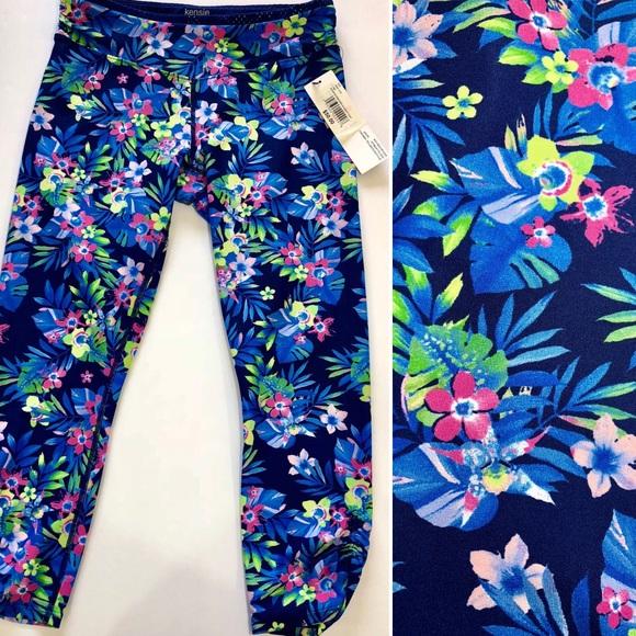258e2ed35b2066 Kensie Pants   Hp Nwt Tropical Print Capri Leggings   Poshmark